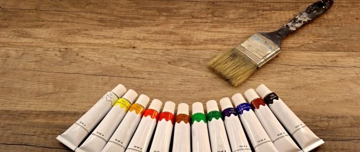 Jak odświeżyć dotychczasową barwę drewna.